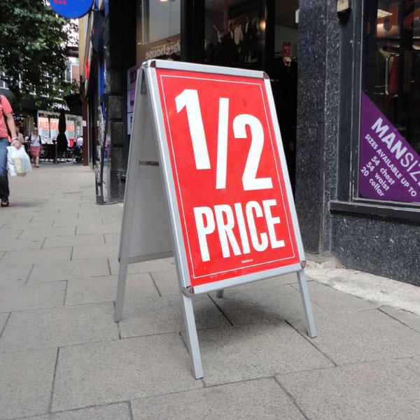 pavement sign by CBM Signs Ireland